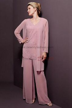 136 Formal Pant Suit For Womens Wedding Outfits
