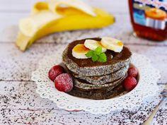 Makové lívance s banánem Food Inspiration, Pancakes, Cheesecake, Food And Drink, Healthy Recipes, Breakfast, Desserts, Fitness, Morning Coffee