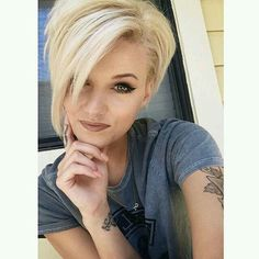 Makes me want to be a blonde!! Maybe when it gets long enough! Few more months!