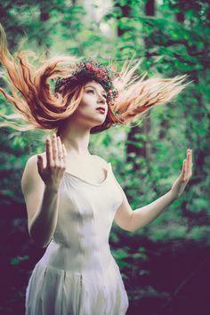 Świtezianka   Agnieszka Juroszek Photography      Model: Adrianna Brzozowska   girl, flowers,  colors, spring, portrait, delicate, beauty, forest, fairy, magic, green, white dress
