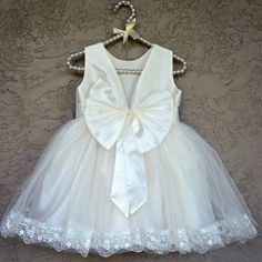 Squeeze me into this NOW!!!! We made our Princess Grace dress in white for those that wanted it for weddings/baptism ❤️ Available now on @ittybittytoes ✨