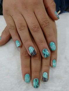 Verde Manicure Y Pedicure, Nail Designs, Turquoise, Nails, Rings, Beauty, Jewelry, Flower, Pedicures