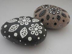 Painted Rocks Black & White Flower Rocks Set of by PlaceForYou