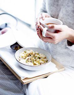 Plus digeste, plus vitaminé, le petit-déjeuner se décline en mode healthy pour une journée tonique et légère. http://www.elle.fr/Elle-a-Table/Les-dossiers-de-la-redaction/News-de-la-redaction/Les-nouveaux-codes-du-petit-dejeuner-2879844