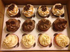 Variety dozen cupcakes (2)