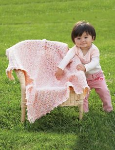 Yarnspirations bernat beautiful baby blanket patterns pretty clusters blanket in bernat baby sport discover more patterns by bernat at loveknitting the worlds largest range of knitting supplies we stock fandeluxe Images