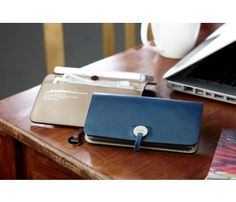 Evouni iPhone 5 leather wallet
