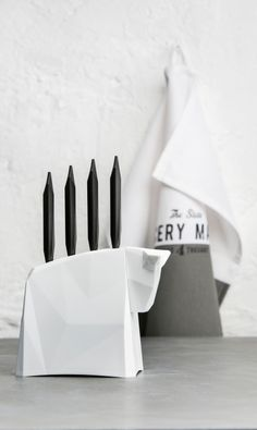 Koziol Pablo Knife Block or stand with Steak Knives