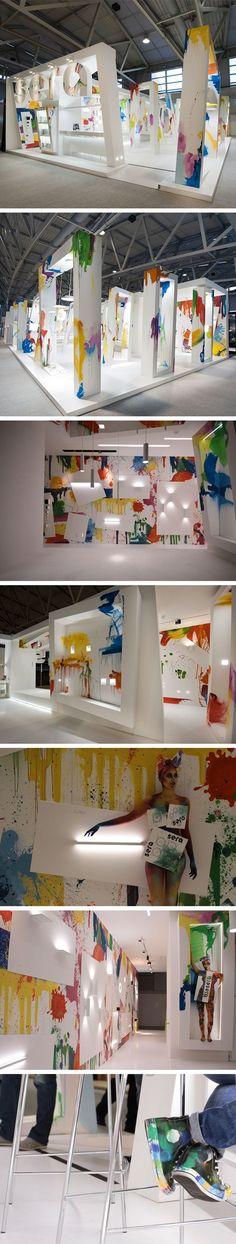 Fun color-splash booth – Exhibition stand @ Light + Building •Stand Design: Xilos Design Studio •Stand Build: Xilos Temporary Architecture