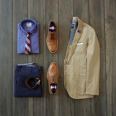 Americana business casual inspiration with an unstructured blazer from gap #gap #johnstonmurphy #ledbury #jachs #businesscasual #flatlay #menswear #mensfashion
