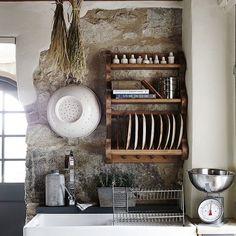 Rustic Italian Home Rustic Kitchen Cabinets, Old Kitchen, Kitchen Decor, Kitchen Rustic, Kitchen Backsplash, Kitchen Tips, Kitchen Storage, Kitchen Design Open, Interior Design Kitchen