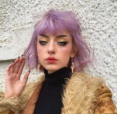 Purple hair and bold eyeliner Hair Inspo, Hair Inspiration, Dying My Hair, Aesthetic Hair, Hair Reference, Coloured Hair, Purple Hair, Hair Looks, Pretty Hairstyles