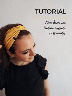 Cómo hacer una diadema cruzada/turbante en 15 minutos   Pimienta y Purpurina Sewing Headbands, Elastic Headbands, Turban Headbands, Twist Headband, Diy Headband, Headband Tutorial, Diy Crafts To Do, Diy Crafts Videos, Singer Tradition 2250