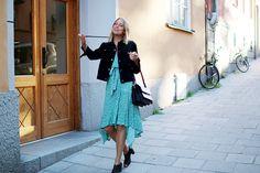 Hanna Stefansson Hanna Stefansson, Ramen, Lace Skirt, Dress Up, Fashion Dresses, Street Style, Style Inspiration, Coat, Sexy