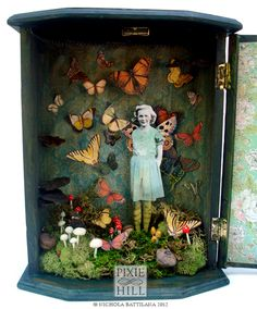 The Butterfly Conservatory - Upcycled thrift store jewelry box by Nichola Battil. - The Butterfly Conservatory – Upcycled thrift store jewelry box by Nichola Battilana - Shadow Box Kunst, Shadow Box Art, Arts And Crafts Movement, Collage Art, Collages, Paper Art, Paper Crafts, Chipboard Crafts, Art And Craft Videos