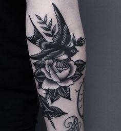 Swallow and rose by Retro Tattoos, Dope Tattoos, Black Ink Tattoos, Badass Tattoos, Unique Tattoos, Beautiful Tattoos, Leg Tattoos, Body Art Tattoos, Sleeve Tattoos