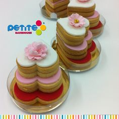 3 tiers fondant biscuits