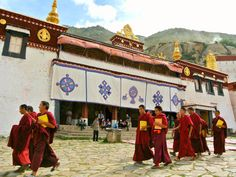 Any trip to Tibet should begin with its spiritual and political capital, where these five attractions will have you falling in love.