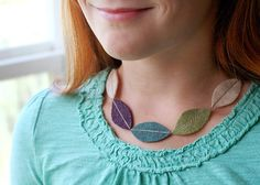 Update accessories for fall or get started on DIY holiday gifts with a soft and playful fabric necklace. Click through for all the instructions. Felt Necklace, Fabric Necklace, Fuzzy Felt, Felt Leaves, Diy Holiday Gifts, Necklace Tutorial, Crafts For Kids To Make, Handmade Accessories, Diy Fashion
