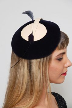 Vintage 40s NAVY Blue TILT Hat With FEATHER Brianti of Florence Fascinator Rockabilly Cocktail Hat