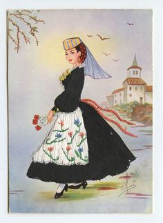 Italy Abbruzzo Embroidered Silk fabrics Ethnic Dress old 1960s postcard