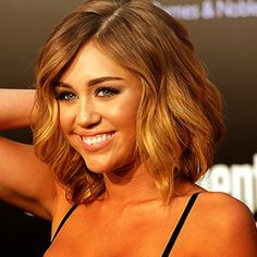 Miley Cyrus new hair is perfect!