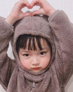Trendy Baby Korean Boy And Girl – Baby Ideas Cute Asian Babies, Korean Babies, Asian Kids, Cute Korean Girl, Cute Babies, Baby Kids, Chubby Babies, Baby Boy, Cute Baby Meme