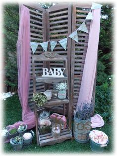 shabby chic διακοσμηση Baptism Ideas, Ladder Decor, Wedding Decorations, Shabby Chic, Home Decor, Fiesta Party, Decoration Home, Wedding Decor, Interior Design
