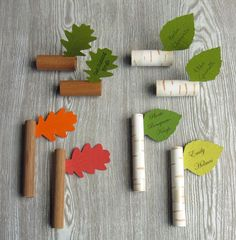Twig & Leaf Place Markers via Deborah Beau of Kickcan & Conkers (my absolute fave)