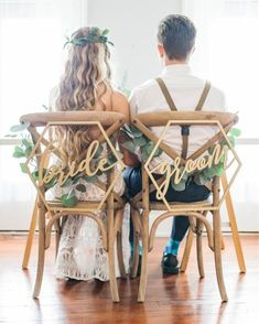 Wedding Chair Signs, Wedding Chair Decorations, Wedding Chairs, Wedding Decor, Bridal Portraits Outdoor, Bridal Portrait Poses, Professional Wedding Photography, Wedding Photography Styles, Photography Lighting