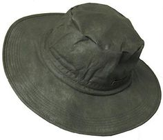 Frogg Toggs® Boonie Hat is 100% waterproof, breathable, and is completely crushable and packable. Oversized round brim will keep water out of your face and off your neck, no matter how hard it rains. Made from our Classic™ fabric, this hat features a 1 inch internal comfort band and shock cord tension adjustment.