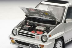 Honda City Turbo II - 1:18 Scale Diecast Model Car