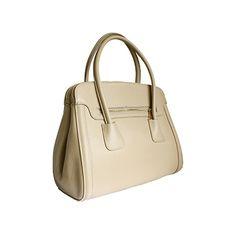 Layla Italian Beige Leather Shoulder Bag - £69.99 Italian Leather Handbags, Italian Women, Designing Women, Leather Shoulder Bag, Beige, Tote Bag, Purses, Lady, Natural
