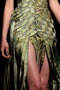 Jean Paul Gaultier | Spring 2010 Couture | Details