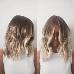 35 Balayage Hair Color Ideas for Brunettes in The French hair coloring technique: Balayage. These 35 balayage hair color ideas for brunettes in 2019 allow to achieve a more natural and modern eff. Blonde Balayage Highlights, Brown Hair With Blonde Highlights, Hair Color Balayage, Short Blonde Balayage Hair, Balayage Hairstyle, Chunky Highlights, Caramel Highlights, Bayalage, Dark Blonde