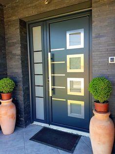 Modern Entrance Door, Main Entrance Door Design, Modern Exterior Doors, Modern Front Door, House Entrance, Entrance Ideas, Door Ideas, Home Door Design, Door Gate Design