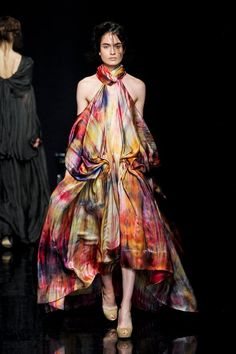 The succession of looks tells a fantastical story through the color and drape work. Fashionising