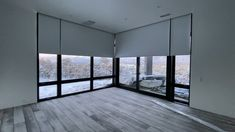 Motorized roller shades These views are amazing! But so is sleeping in late blackout motorized sha. Cortinas Screen, Cortinas Rollers, Motorized Shades, Motorized Blinds, Living Room Blinds, Living Rooms, Modern Blinds, Patio Shade, Roller Shades