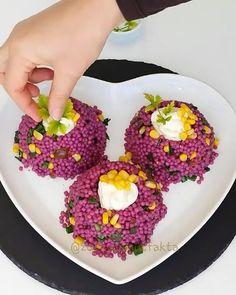 Bugün salata severler için pratik ve lezze… – Salata meze kanepe tarifleri – Las recetas más prácticas y fáciles Kurdish Food, Vegan Recipes, Cooking Recipes, Vegetable Recipes, Feel Good, Waffles, Eggs, Snacks, Vegetables