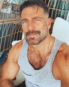 Beard And Mustache Styles, Beard No Mustache, Hairy Men, Bearded Men, Scruffy Men, Moustaches, Hot Guys Tattoos, Gorgeous Men, Beautiful Guys