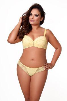 Um conjunto sexy e sofisticado é tudo no guarda-roupa de uma mulher.  #plussize #moda #fashion ##sensual #lingerie #trend #cores #