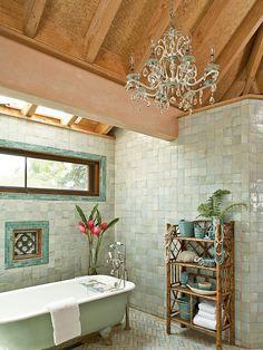 Moroccan Bathroom, Tropical Bathroom, White Bathroom, Moroccan Tiles, Green Bathroom Tiles, Italian Bathroom, Eclectic Bathroom, Bathroom Vintage, Coastal Bathrooms