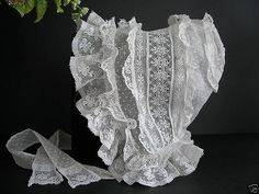 Victorian Lace Whitework Bonnet This is the most beautiful bonnet I've ever seen. Reminds me of a baby's french bonnet Victorian Lace, Antique Lace, Vintage Lace, Antique Dolls, Vintage Baby Clothes, Vintage Outfits, Fru Fru, Shabby, Baby Bonnets
