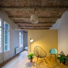 "In NOOK Architects renovated a dwelling in Barcelona's Eixample District in Spain. ""The original home had the living room towards the chamfered faca… Small Living Room Design, Living Room Colors, Small Living Rooms, Living Room Modern, Interior Design Living Room, Living Room Designs, Living Room Decor, Living Spaces, Nook Architects"