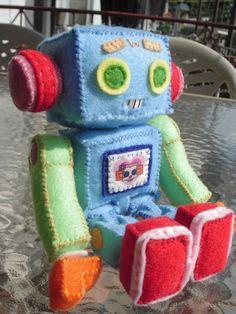 Felt Robot Plush idea