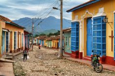 Trinidad Highlights: the rainbow coloured houses