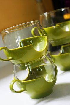 Set of Four Vintage 1960's Pyrex Glass Tumblers with Avocado Snap on Handles, 3.5 in