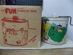 Vintage Richmond Cedar Works Picnic Ice Cream Freezer Metal Litho Hand Crank