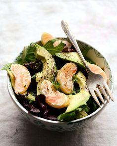 Receta de ensalada de mandarinas y aguacate. Recetas de ensaladas exóticos - www.charhadas.com