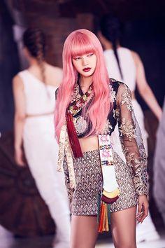 Jennie Blackpink, Blackpink Lisa, Square Two, Lisa Blackpink Wallpaper, Sailor Moon Wallpaper, Blackpink Photos, Kim Jisoo, Blackpink Fashion, South Korean Girls